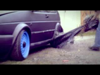 Volkswagen Golf MK2 GTI (semi-rat) Matte Coke Rattle Canned Open Air Paint Job 2012