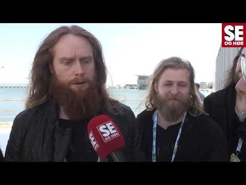 Interview og a cappella optræden af Rasmussen inden semifinalen