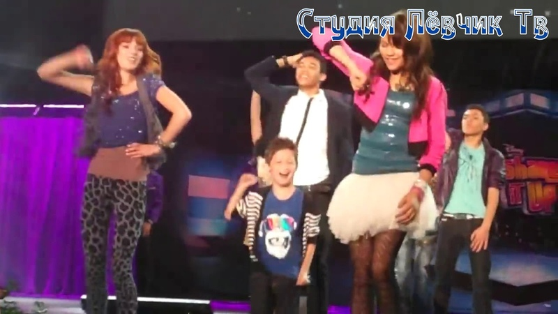 SHAKE IT UP CAST - PERFOM DANCE - LIVE 2010