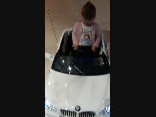 Дочка учится на права, авто напрокат☺.mp4