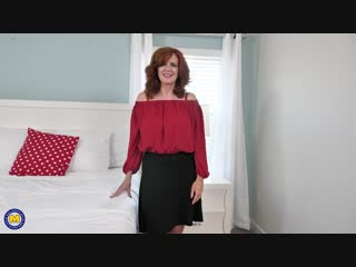 Hot MILF Andi James flashing outside and playing with herself