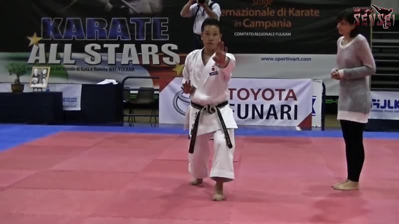 Hasegawa Yukimitsu teaching kata Annan (Ryuei ryu) bunkai - Karate All Stars 2