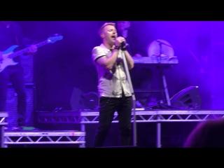 Ronan Keating - The Way You Make Me Feel (Live)