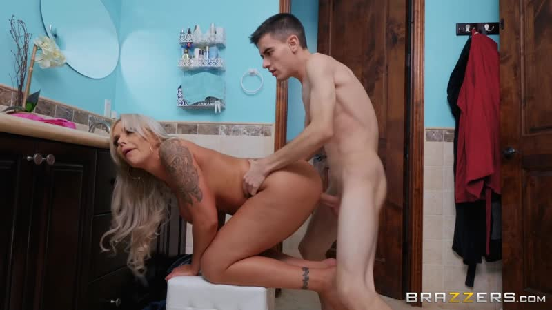 Jordi Nina Elle incest, sister, tits, ass, blowjob, anal, инцест, анал, milf, matures, порно,