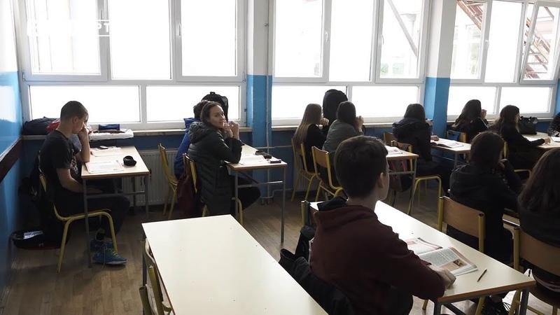 Učenici neće moći da koriste mobilne telefone tokom časova (03.05.2019.)