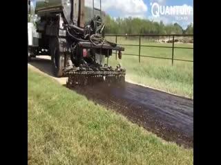 Как делают сельскую дорогу за рубежом