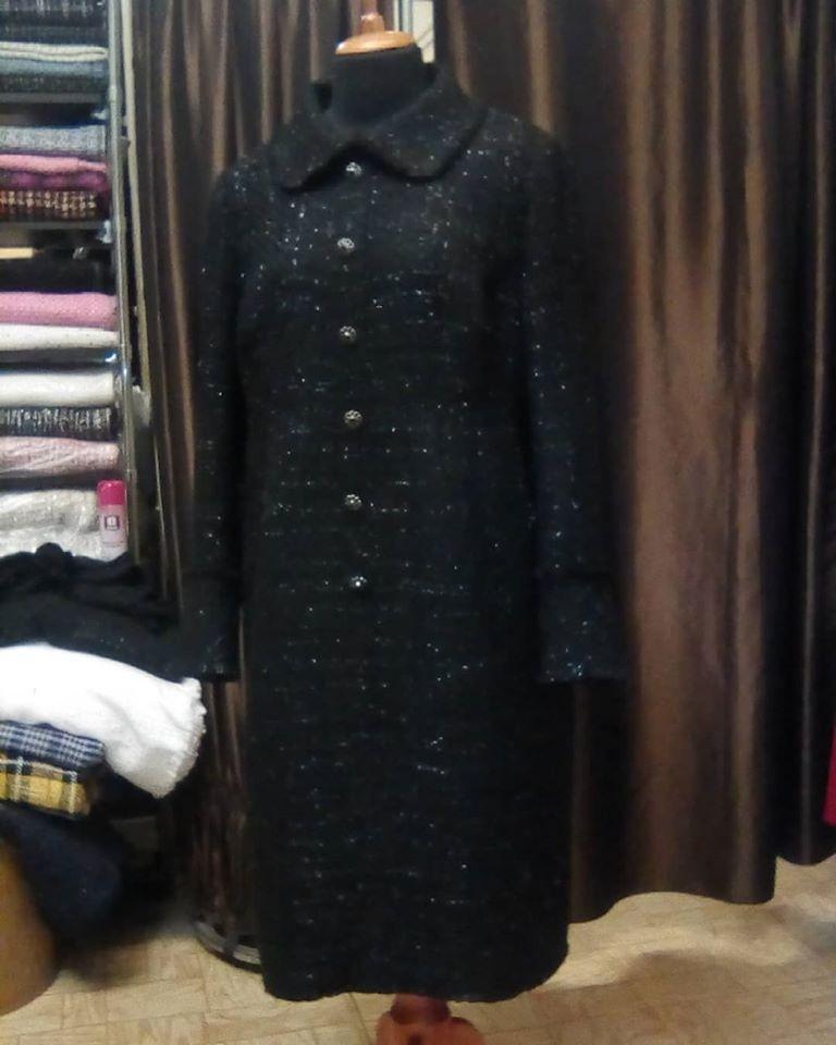Наша работа - #платье из роскошного #букле с клеткой из люрекса, подкладка вискоза-стрейч, декор тесьма-бахрома ручной работы из основной ткани, пуговицы #chanel, идеальный крой и подгонка клетки.