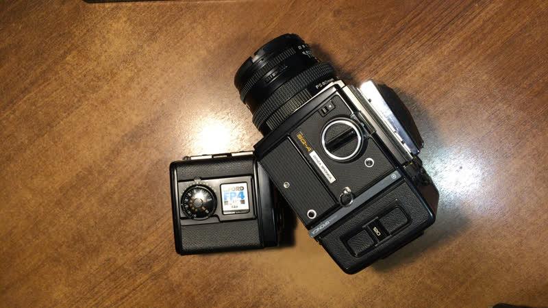 Среднеформатная камера Bronica SQ a Обзор и сравнение с системой Салют киев 88