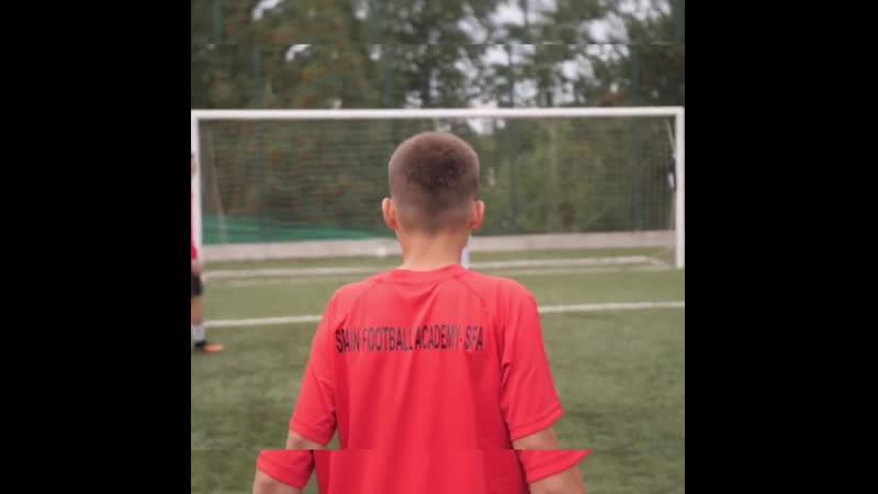 ⚽️ КОМАНДА ❗️ ⠀ Футбол - это командная игра. ⠀ Ты можешь быть лидером, играть лучше всех и в одиночку решать эпизод, но все равн