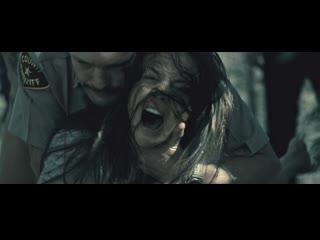 Сексуальное насилие(изнасилование,rape) из фильма i spit on your grave(я плюю на ваши могилы) 2010 год, сара батлер