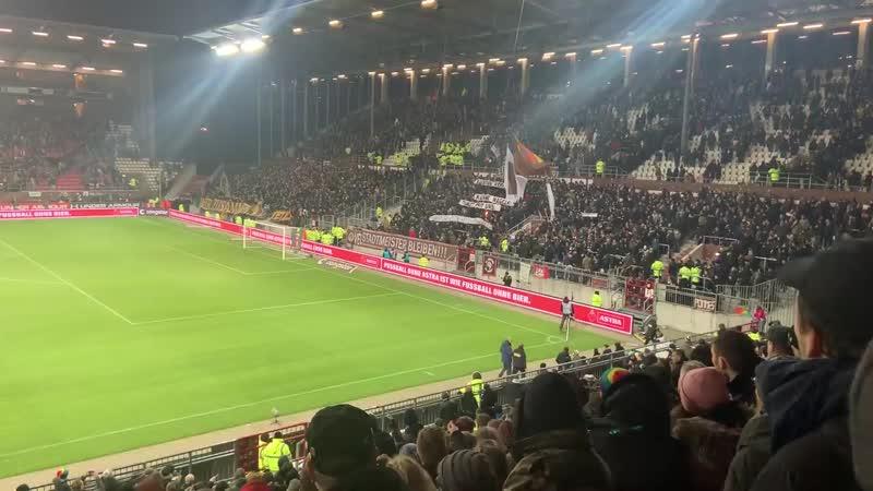 Sankt Pauli gegen Dresden 14 02 2020 Gästeblock