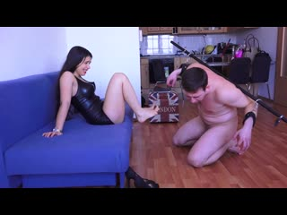 Magyar mistress mira the reward of negligence extreme mouth stretching ang ancle deep foot gagging cuckold femdom