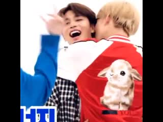Jungwoo kissed taeil in the neck