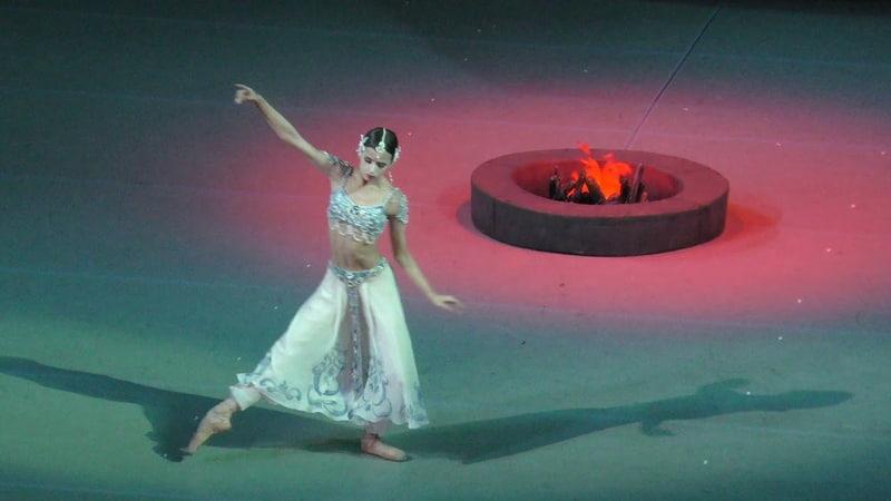 13 07 19 Maria Khoreva Nikia debut entrance