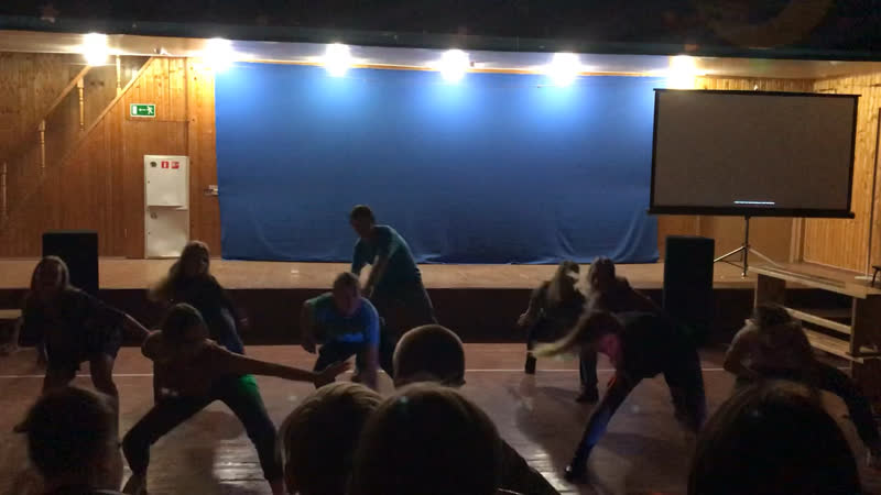 Танец вожатых 1