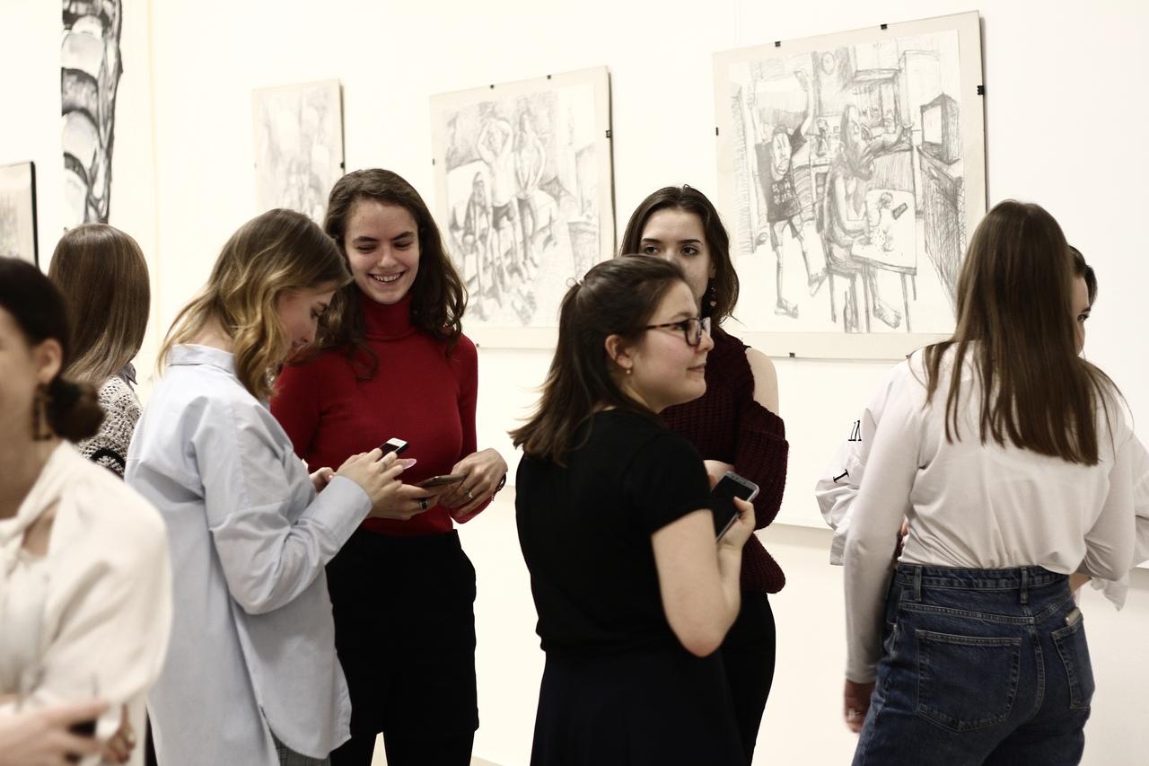 Конкурс эссе по выставке Виктора Корьякина