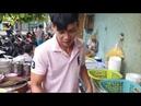 Thật đáng tiếc nếu ai ở Sài Gòn mà chưa từng thưởng thức tô hủ tiếu gà 40 năm nổi tiếng này