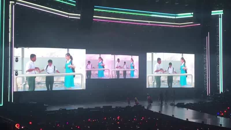 The VCR for TWICELIGHTinKL really hit you in the feels! just how all the ONCEs in all occupations got excited after seeing thei