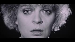 Mitzi - Eiskoid (Official Video)