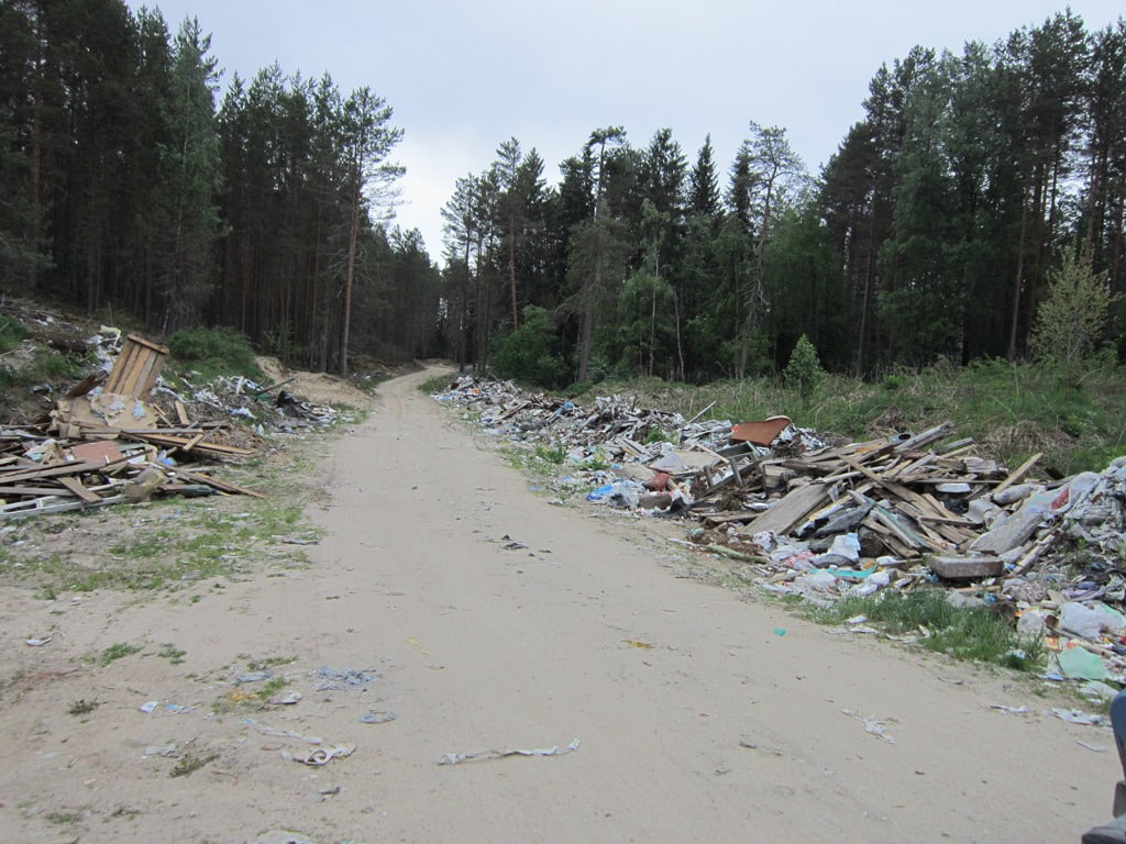 Более 6,5 тысячи кубометров отходов уже вывезено с незаконных свалок в рамках масштабной работы по ликвидации несанкционированных свалок на территории региона.