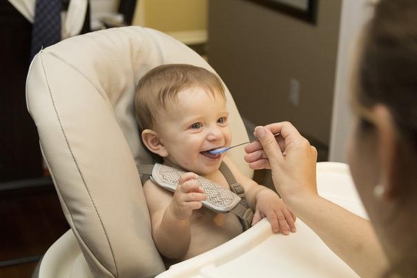 Как накормить ребёнка с гиперкинезами?, изображение №1