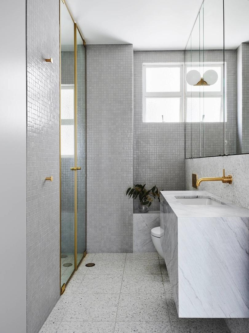 Astor Apartment by Madeleine Blanchfield Architects