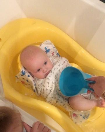 ИЛЬЯ ЯББАРОВ on Instagram: С моим пупсиком вчера по гуляли на купались сынуля после купания сразу отрубился привет всем от Ильича