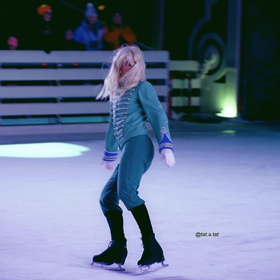 Ледовые шоу-6 - Страница 42 AyJO4YiWn8o