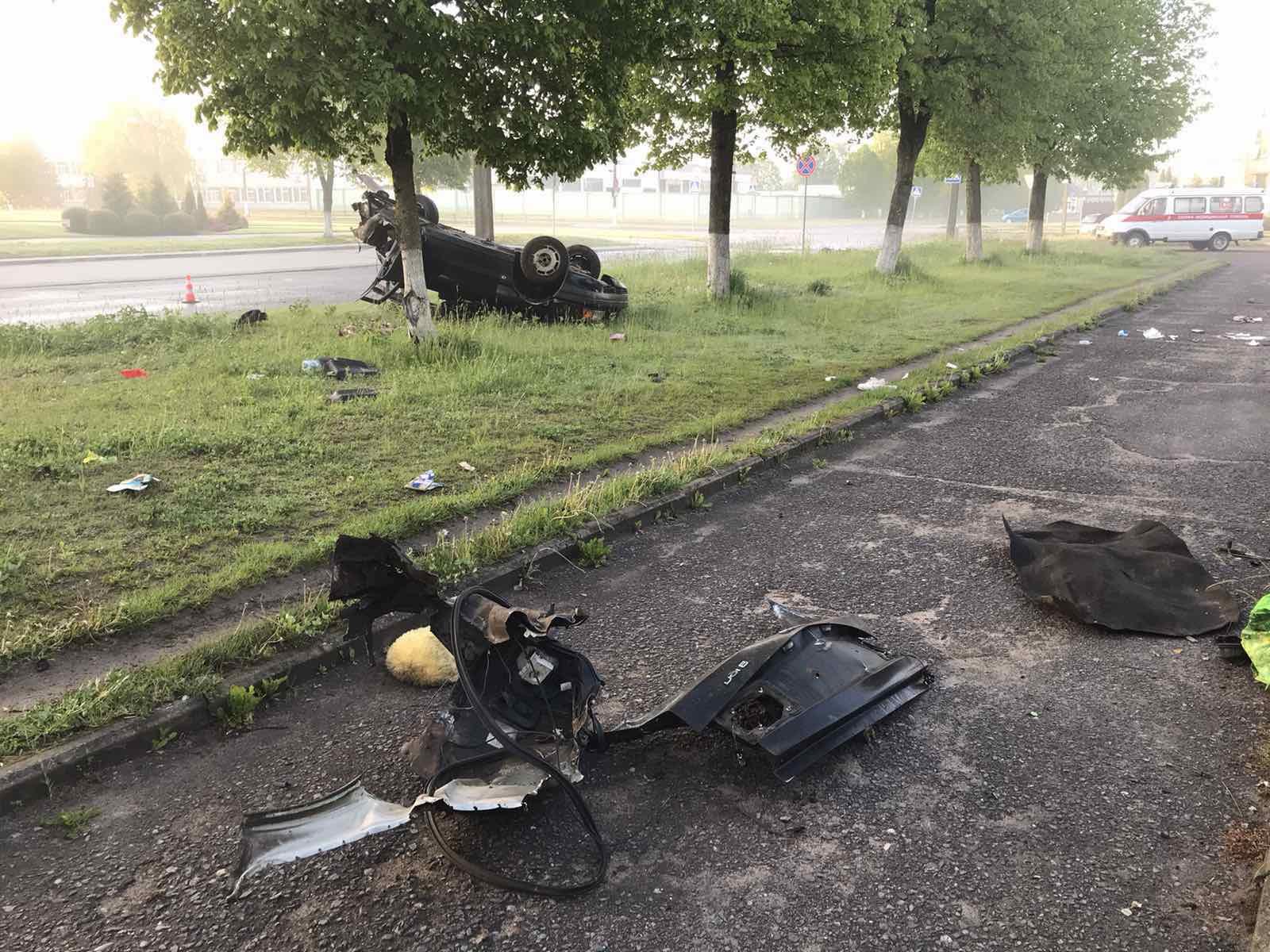 Смертельное ДТП произошло в Лиде. Все случилось в 5.30 на улице Машерова.