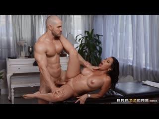 DirtyMasseur Julianna Vega