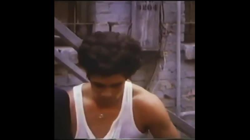 1987 Молодой Бенисио