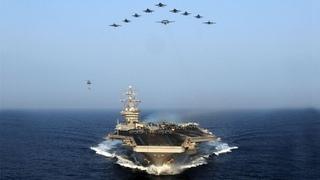 Может ли флот России потопить авианосец США?
