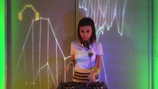 Lisa Yellow Moirasfest Live 6