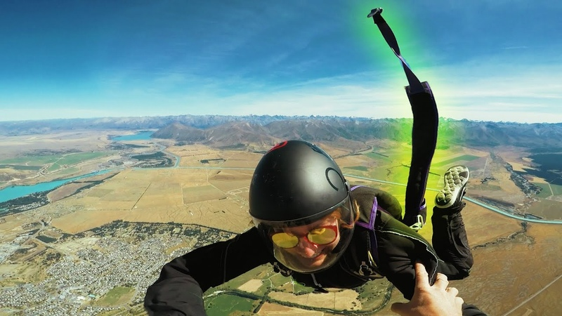 Friday Freakout Terrifying Malfunction, Skydivers Leg Strap Unbuckled In Freefall