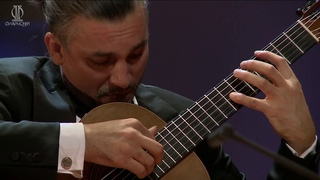 Artyom Dervoed plays La Campanella by Niccolo Paganini