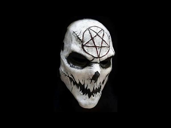 Mascara facil para este Halloween .calavera