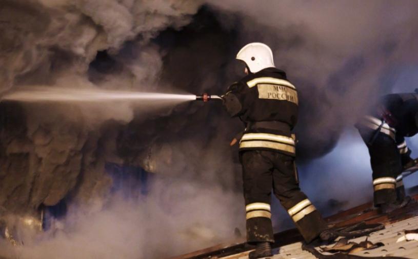 Жителей двух районов КЧР пожар оставил без крыши над головой
