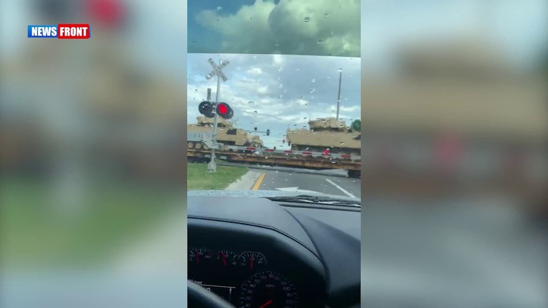 Колонна с танками США замечена в Лос Анджелесе