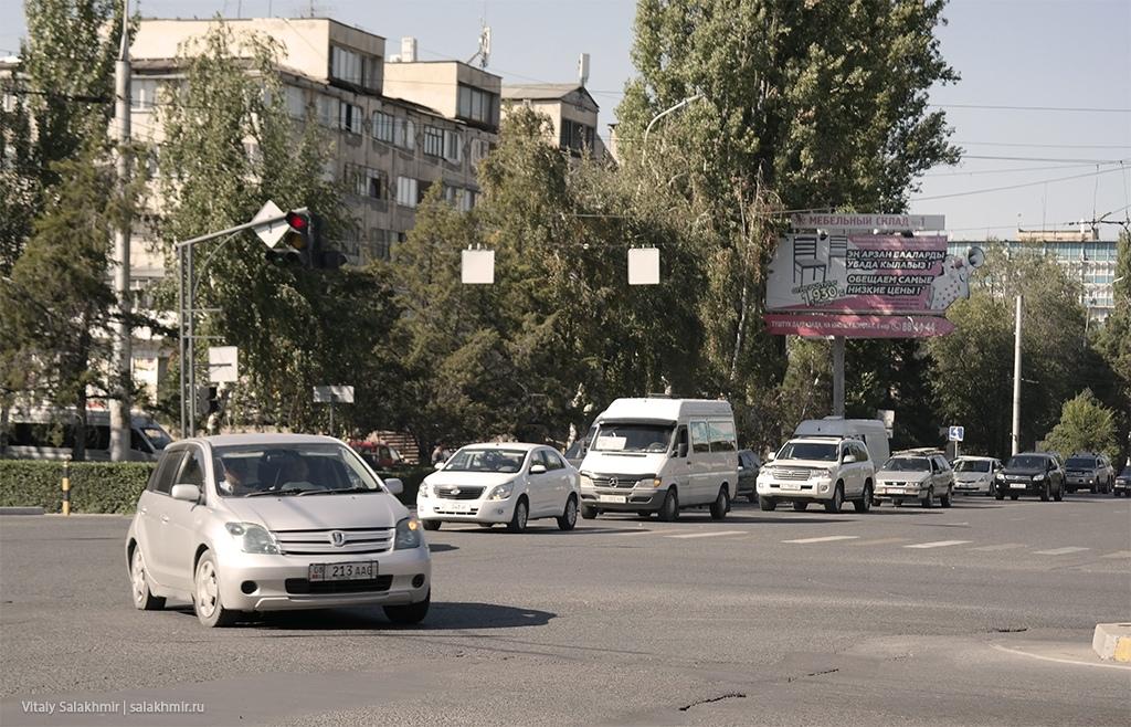 Перекресток Токомбаева Байтик Баатыра, Бишкек 2019