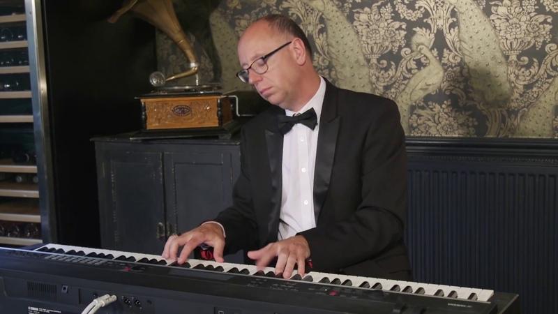 Steve Doig Cocktail Piano