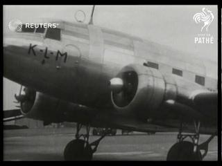 Statesmen leave on flight to Berlin (1938)