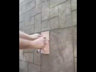 Отделка стен камнем.