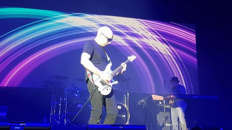 G3: 2018 Tour - Hala Torwar Warsaw - Joe Satriani Circles 19/03/2018