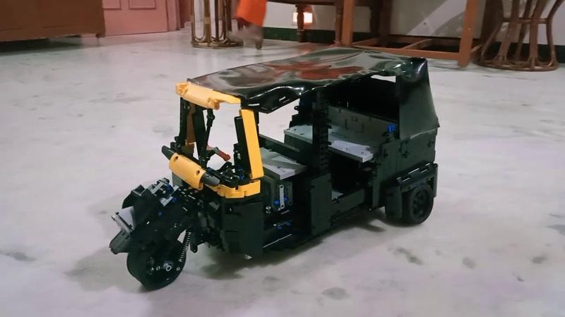 Lego Technic MOC Bajaj Re Auto Rickshaw
