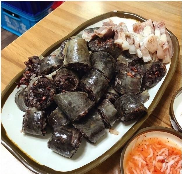 20 странных национальных деликатесов