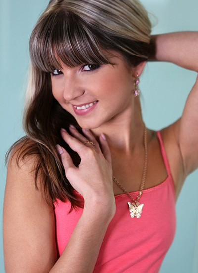 Gina Gerson 9