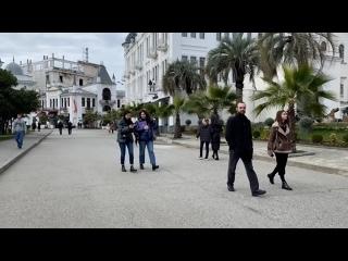 Выход из ограничений: как Абхазия возвращается к привычной жизни