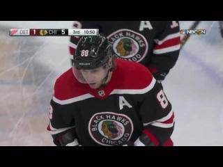 400-й гол Патрика Кейна в НХЛ в матче с «Детройтом»