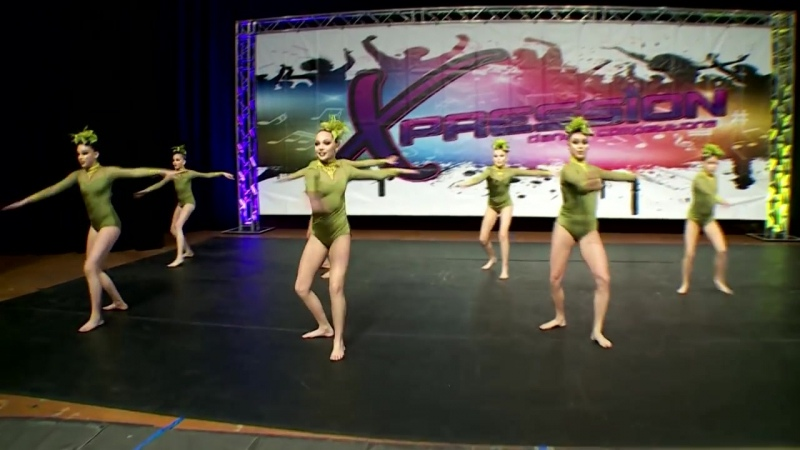 Dance Moms Group Dance Boulevard of Broken Dreams S6E16