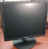 "монитор 19"" Samsung E1920nr"